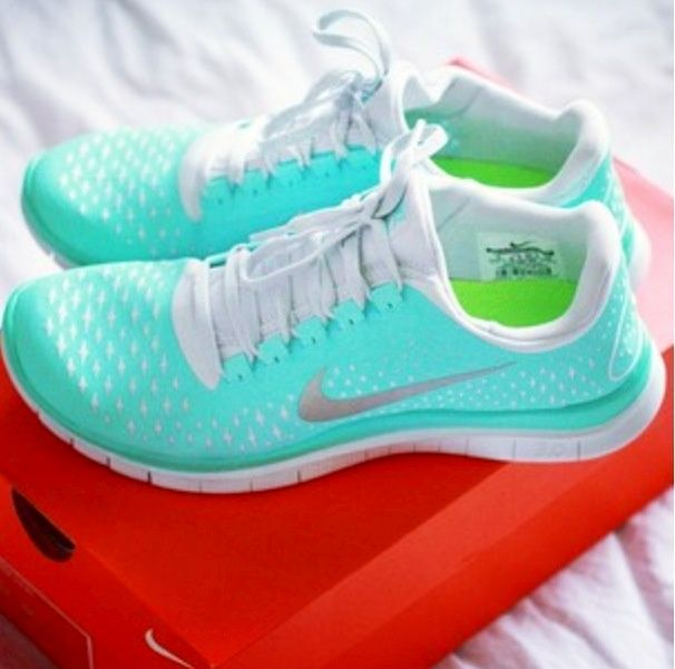 tiffany blue nike free runs.Great product, fits as expected.