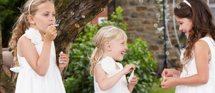 Kids at wedding parties can be a real handful; read on for some ideas on keeping them entertained.