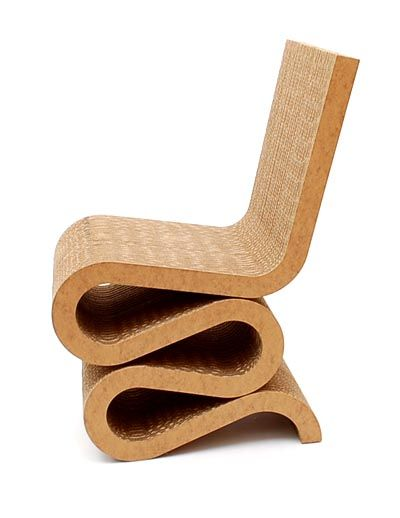 """Botterweg Auctions Amsterdam > Cardboard chair """"Wiggle"""", design Frank O.Gehry 1972, executed by Vitra / Italy 1999"""