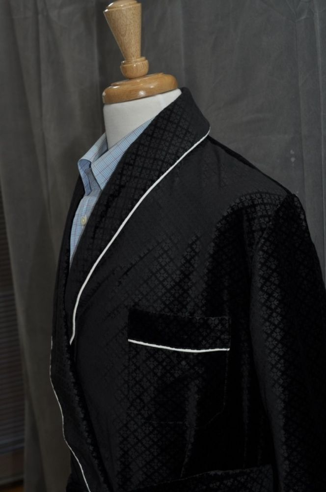 Mens Smoking Jacket – Black /  Snow Flake Pattern – Velvet ( # CFED )  #NewYork #Robes