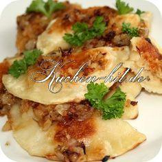 Pierogi Rezept - ein in Polen sehr beliebte Speise. Teigtaschen mit einer herrlichen Füllung aus Quark und Zwiebeln. So macht polnische Küche Spaß