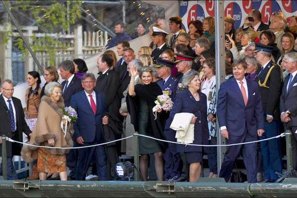 King Willem Alexander, Princess Beatrix, Queen Maxima of The Netherlands, Canadian Prime Minister Stephen Harper and his wife Laureen Harper attends the Dutch 5th of May Liberation concert on May 5, 2015 in Amsterdam. The Netherlands.