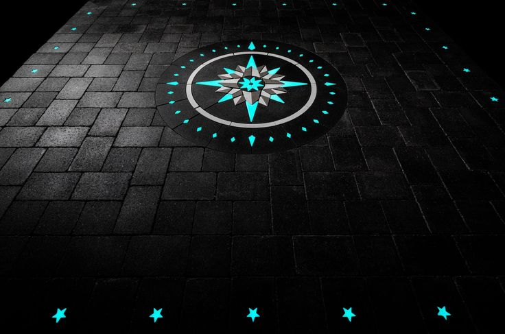 Glowing Pavers Compass Rose Design And Walkway Paverart