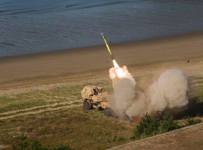 HIMARS lancio razzo d31 in <<Korea del sud