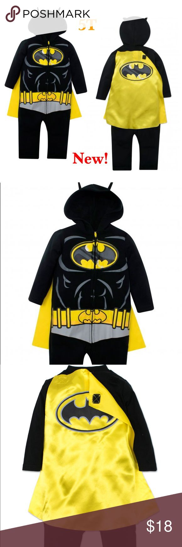 Toddler Boys' Batman Costume Coverall with Cape Features:  Color: Black Zip-up coverall  Material: 100% Polyester Velcro-detachable satin cape Batman design printed on front and cape  New with tag! Costumes