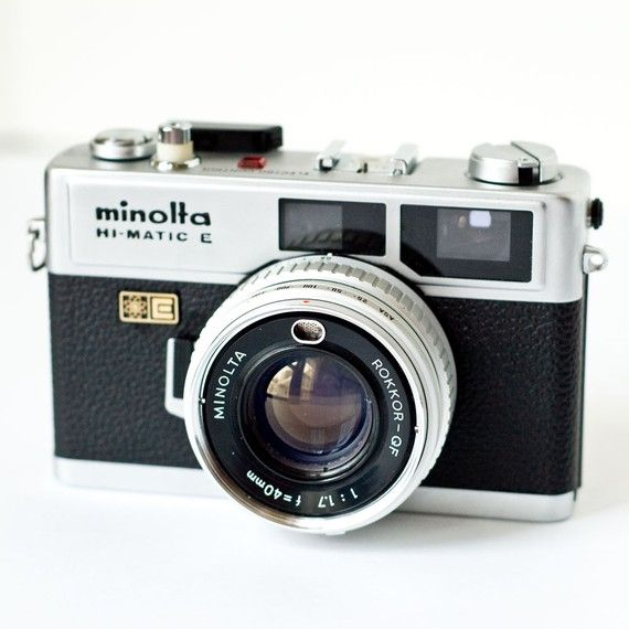 1970s Minolta Hi-matic E rangefinder camera  unfortunately, it's not in working condition... :(............................................................Please save this pin... ........................................................... Visit!.. http://www.ebay.com/usr/prestige_online