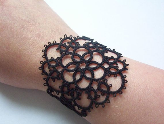 Bracciale polsino nero Bracciale pizzo braccialetto di MamaTats