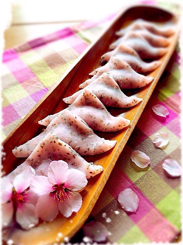 Japanese sweets - Yatsuhashi, glutinous crepes of sakura jam