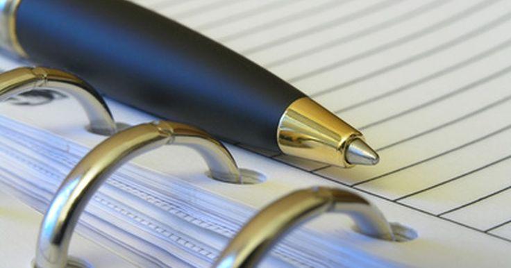Como mudar o refil de uma caneta Cross. Fundada em 1846, a empresa A.T. Cross também fabrica lapiseiras e canetas para tabletes, além da sua linha de canetas esferográficas e de tinta gel. Conhecida pela qualidade dos seus produtos, a empresa oferece uma garantia que, se qualquer um dos instrumentos de escrita falhar, ela o consertará ou substituirá, sem nenhum custo. Todas as canetas ...