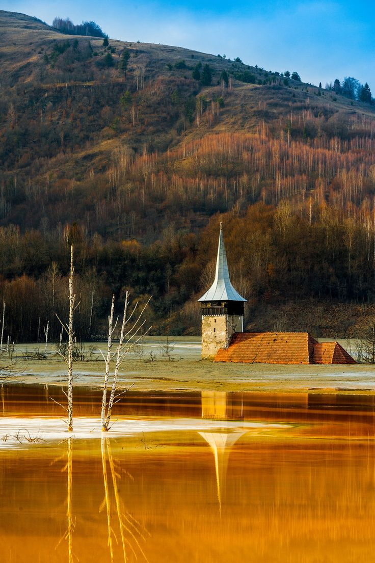 The once-picturesque village of Geamana is now drowned under a lake of toxic sludge thanks to  Romanian super-villain Nicolae Ceausescu.