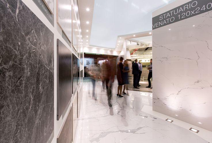 Allestimento fieristico per Ceramiche Caesar al Cersaie 2015. Progetto: Guglielmo Renzi e Barbara Fontana Architetture, con Valentina Certini e Paola Cavicchio. Realizzazione @Bottega