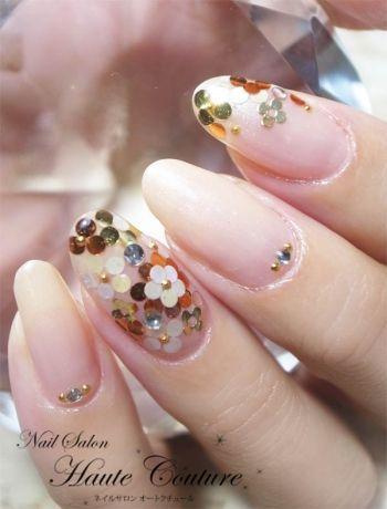 Spring flower nails.