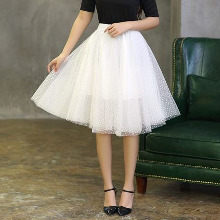 Goedkope zwart wit polka dot volwassen tule rok zomer stijl hoge elastische taille midi rokken vrouwen mesh rok faldas prinses rok, koop Kwaliteit Rokken rechtstreeks van Leveranciers van China: Short Organza Skirt Tutu Skirts Adults High Waist Black White Beige Mint Green Pink Skirts Womens Summer Style Cute Ball