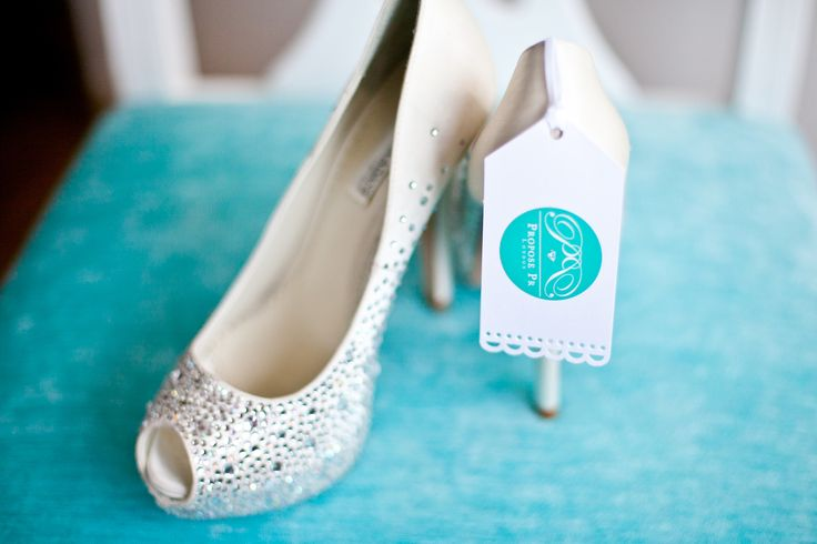 #proposepr #paradoxshoes #sparklyshoes #highheels #weddingpr