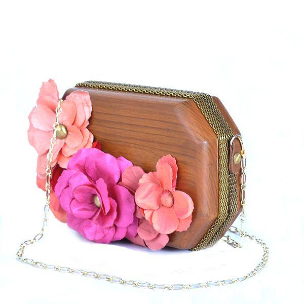 Full bloom clutch - #rachanareddy #bag #clutch #woodenclutch #wood #fashion #art #design #designer #elegant #flowers   Shop here: www.rachanareddy.com