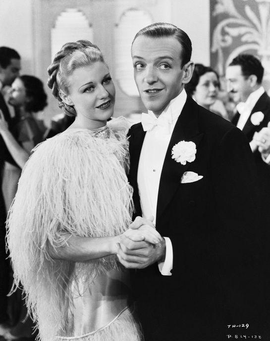 Ginger Rogers et Fred Astaire. Couple mythique dans la comédie musicale Top Hat de Mark Sandrich en 1935, Ginger Rogers et Fred Astaire furent le duo cinématographique le plus marquant des années 40. Ils tournèrent ensemble dix films, à la fois chantant et dansant. Photo: John Kobal Foundation/Hulton Archive/Getty Images.