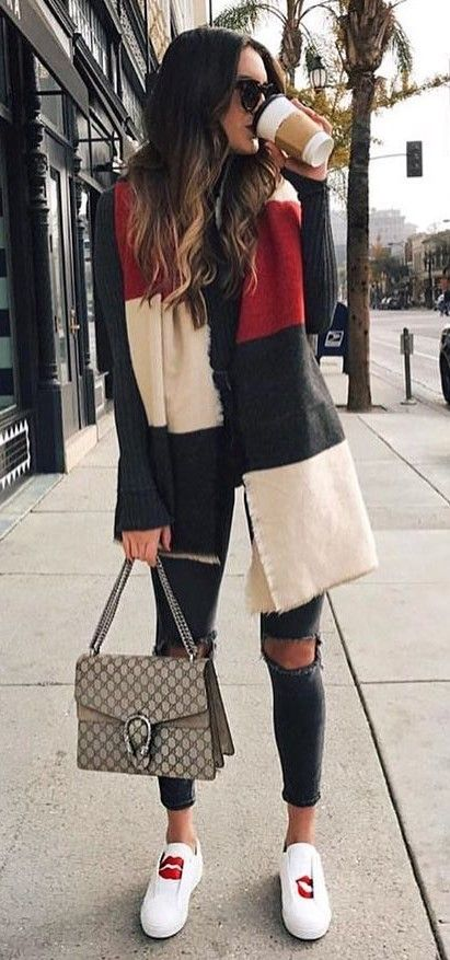 40 Cute Winter Outfit Ideas - #winteroutfits #winterstyle #winterfashion