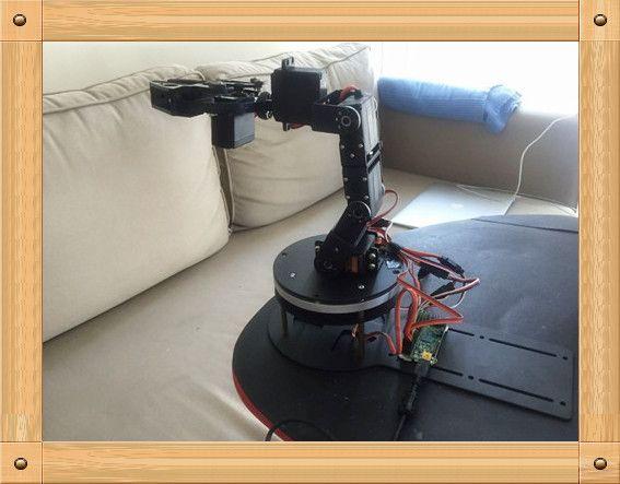 Купить товарНовый полированный алюминий 5 степеней свободы роботизированная комплекты тиски в категории Запчасти и аксессуарына AliExpress.  Новый полированного алюминия 5 степенями свободы робота Зажим комплекты 1, рука вращающейся базой, используя смолы изол