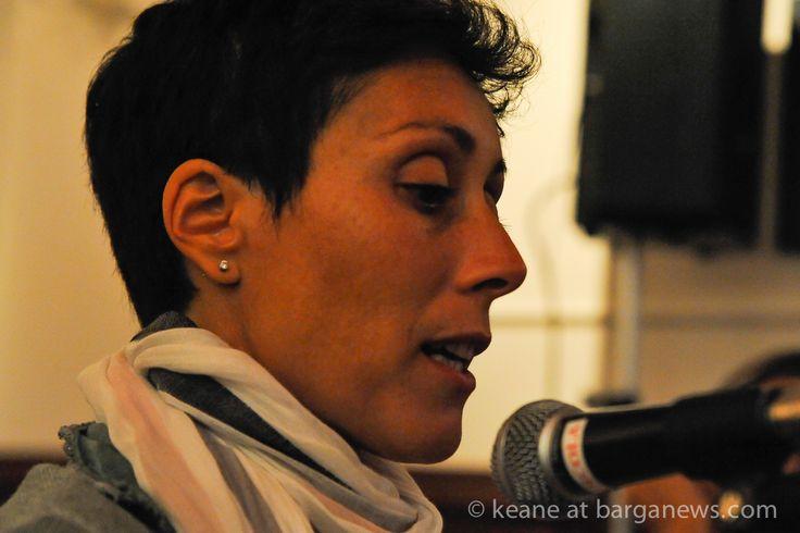"""http://www.barganews.com/2014/08/16/villa-libano-presentazione-del-libro-di-roberta-culella-rinascere/  Villa Libano: presentazione del libro di Roberta Culella """"Rinascere"""" Un racconto fatto di emozioni contrastanti, che dimostra come la vita stessa sia un insieme di sentimenti opposti che convivono. Ed è soprattutto una grande storia d'amore. #villalibano #circolodifferenti #barga #barganews"""