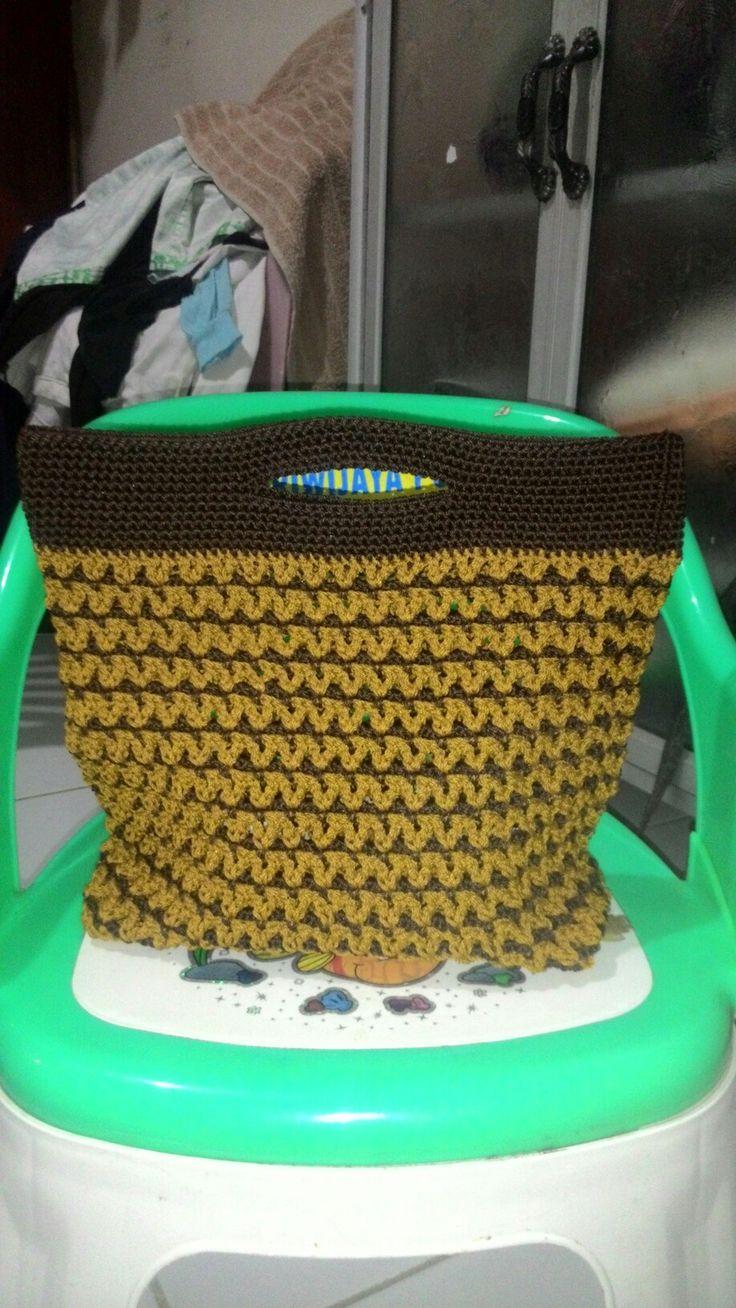 Chocolate hand bag