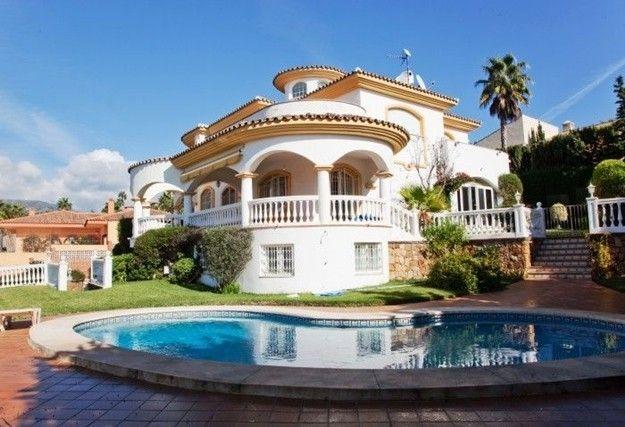 Mansiones de lujo buscar con google mansiones lujosas - Fotos de casas de lujo por dentro y por fuera ...