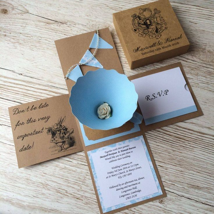 3D Alice in Wonderland 3D Unique wedding invitations