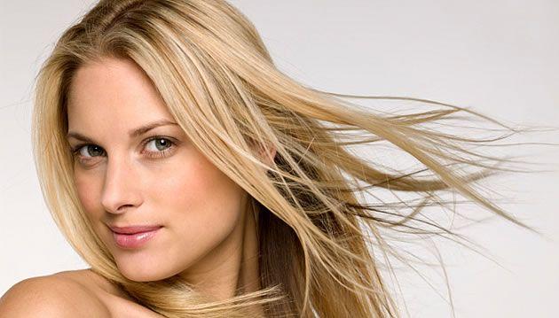 Como cuidar dos cabelos loiros no verão