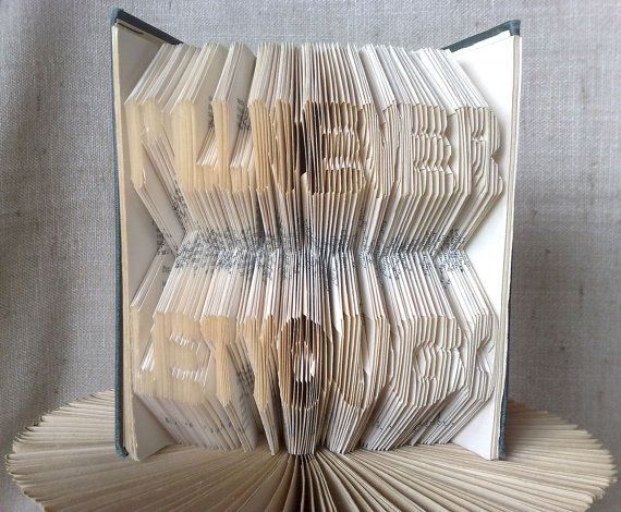 Book folding pattern and FREE Tutorial - I'll never let you go - folded book art, origami, gift #bookfolding #bookfoldingpattern #foldedbookart #booksculpture #papersculpturebook #origamibook #weddinggift #weddinganniversary #birthdaygift #patterntutorial #recycledbook #homedecor #lovegift #motherdaygift #craft #gift by #PatternsStore