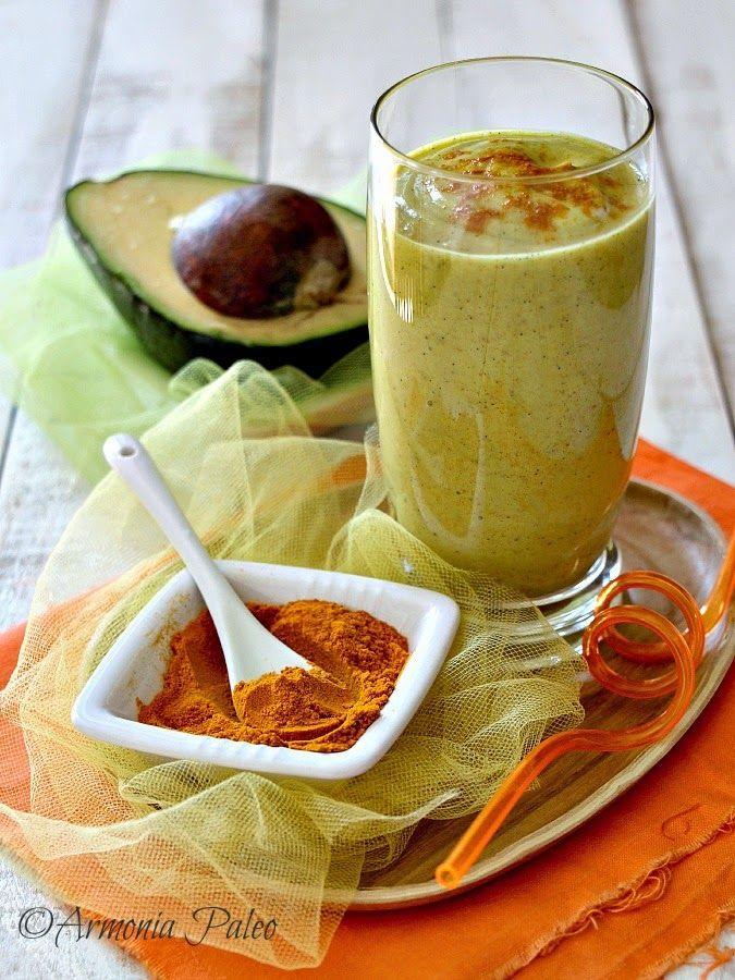 Frullato alla Curcuma con Avocado e Latte di Cocco di Armonia Paleo