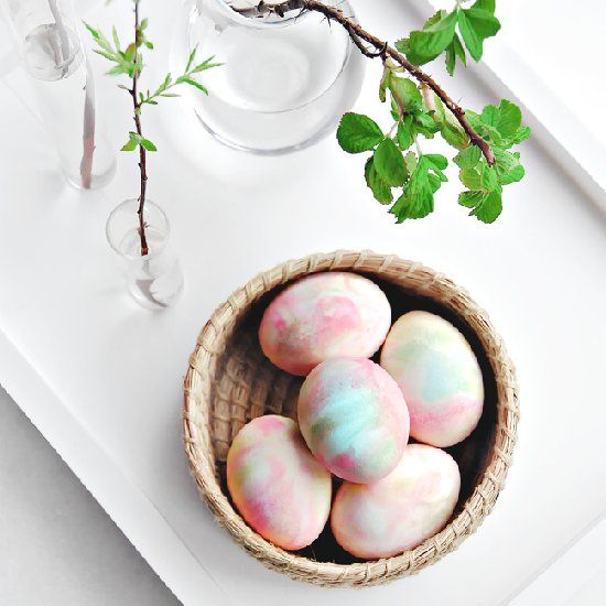 How to Dye Eggs With Whipped Cream to look like water colored painting! In 10 to 30min only completely toxic free,the easiest way out there!