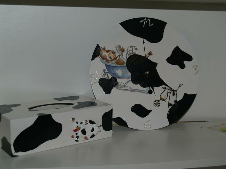 Tissue box and clock for cow lovers