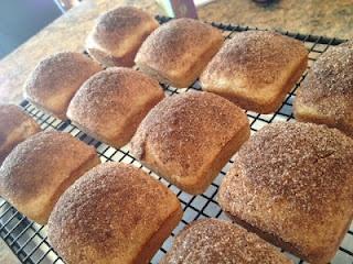 Mini Cinnamon Sugar Loaves ~ I bet nearly everyone has every ingredient on hand, so get bakin'!