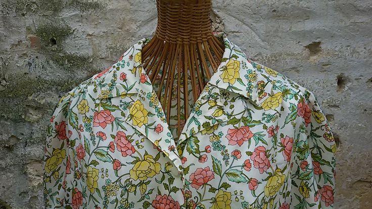 Vintage 80's / Chemisier à fleurs du  Printemps  / Taille 40 de la boutique ChezOdileBrocante sur Etsy