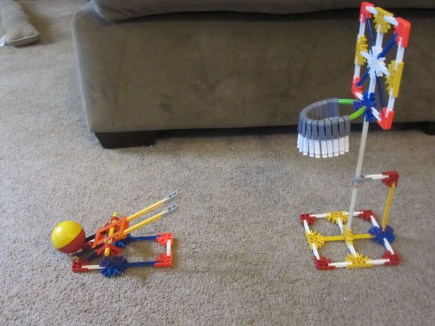 Picture of K'nex Basketball Game