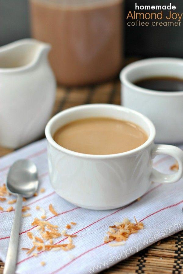 Hecho en casa, crema de café de Almendras! Tan fácil de hacer en casa con unos pocos ingredientes!