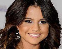 selena gomez teeth close up - Google Search   Selena gomez ...