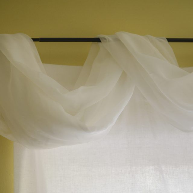 Best 25+ Scarf valance ideas on Pinterest | Window scarf ...