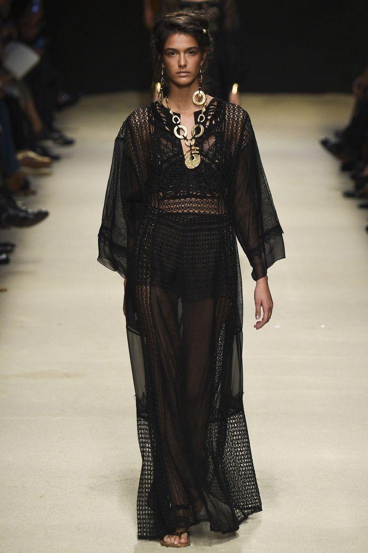 SHEER TREND Alberta Ferretti Spring 2016 Ready-to-Wear Fashion Show - Elda Scarnecchia