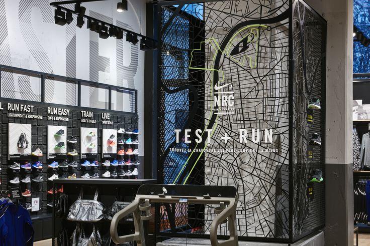 Nike store `Lyon: production confettireclame.nl