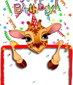 Tarjeta de felicitación de cumpleaños personalizable con una foto, en que una jirafa muestra la fotografía de tu elección. Puedes enviarla por correo electrónico desde la misma página. www.fotoefectos.com