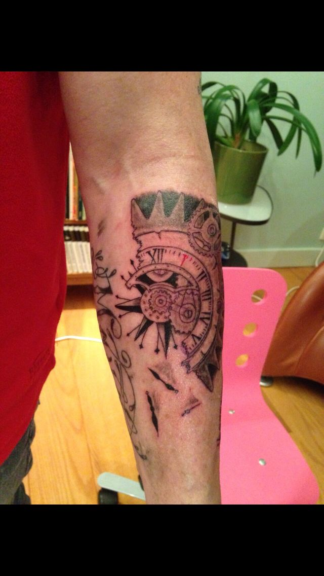 Broken clock tattoo (unfinished)