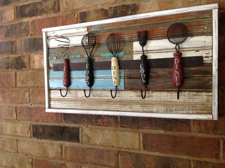 Kitchen decor images - old wood and antique utensils repurposed