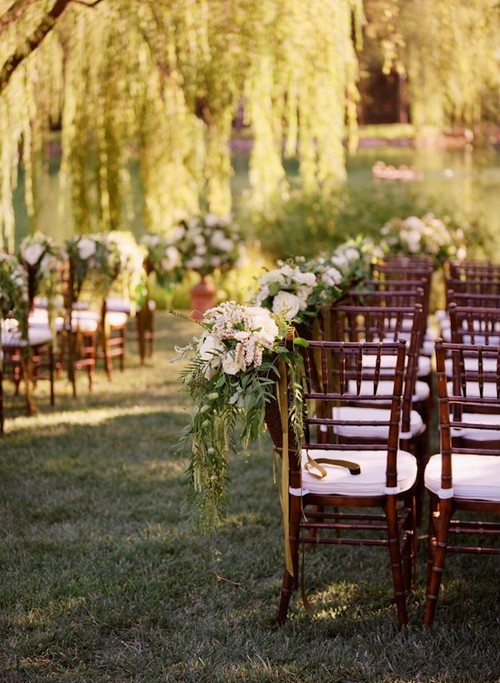 beautiful...LOVE the willow tree :) The only thing about my wedding I don't like is not having a weeping willow