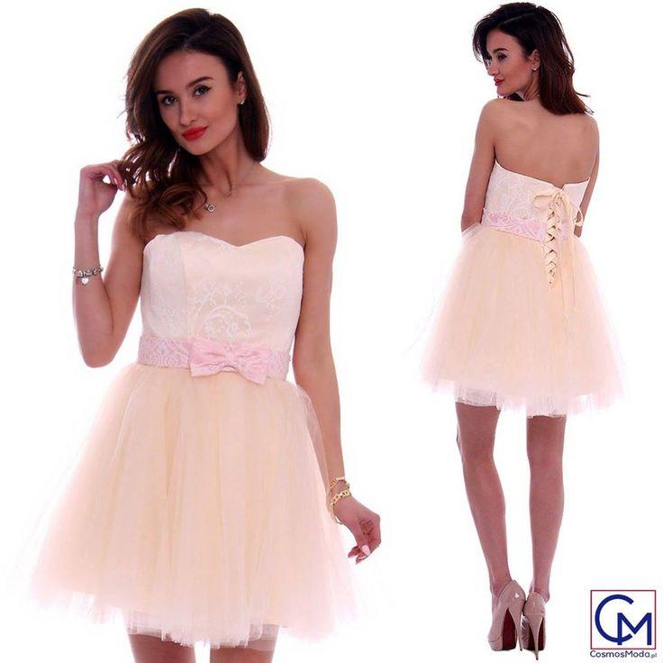Przepiękna sukienka... 😍 wam też się podoba? ;) :* Link do produktu: bit.ly/SukienkaCMW13 Stylistka Sara