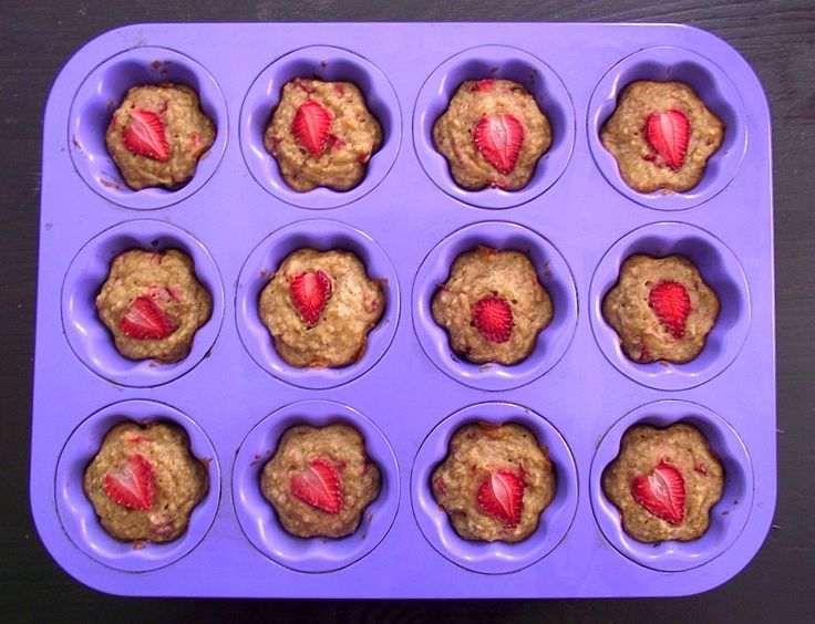 Strawberry-Banana Quinoa Muffins from Poor Girl Eats Well. http ...