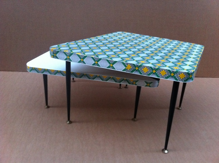 tables basses encastrables / pieds métaliques