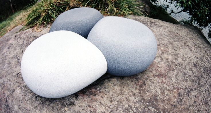 The Aura Pebble is an award winning modular seat specifically designed for outdoor environments available in a range of unique stone effect finishes resembling giant pebbles.