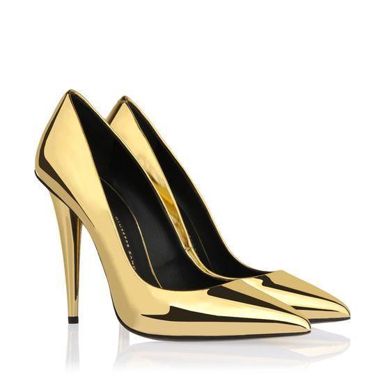 van Giuseppe Zanotti spiegel-effect lakleren puntige gouden pumps