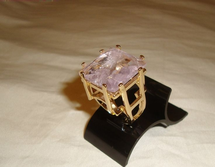 Anel de quartzo rosa rutilado com banho de ouro permanente