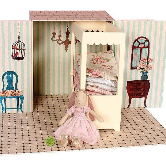 Prinsessen på erten er på lager igjen💛 #prinsessenpåerten #maileg #prinsesse #eventyr #barn #barneleker #barnerom #interior #interiør #lavitaebella #lavitaebellaarendal #arendal #arendalby #sesibyen #nettbutikk www.lavita.no